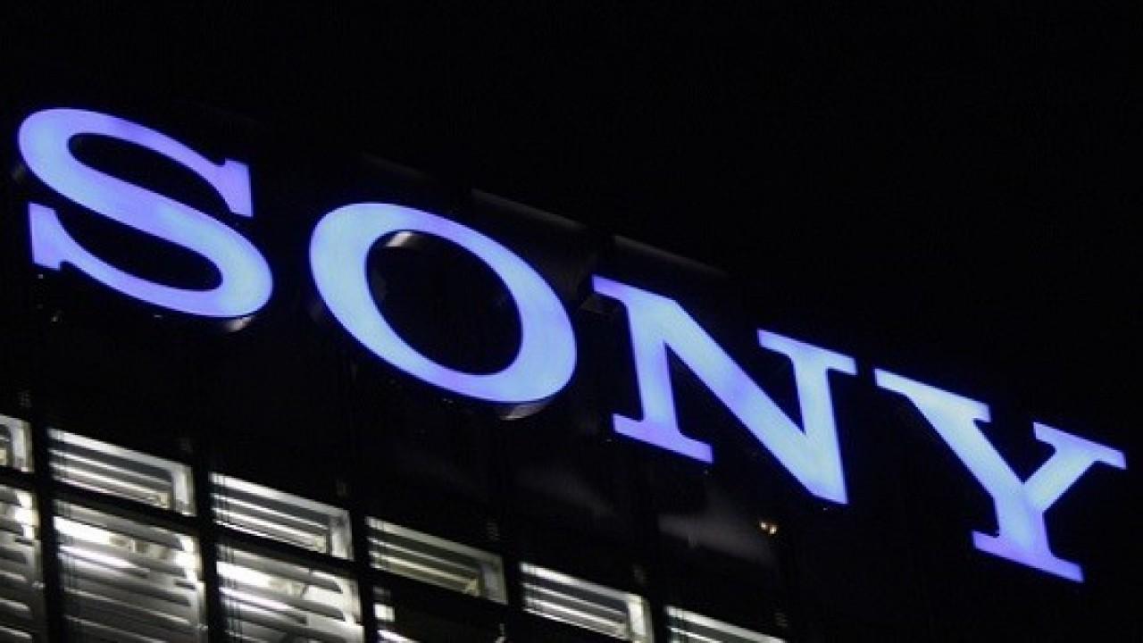 Sony, Xperia Z5 Premium'un pembe rengini resmi olarak duyurdu