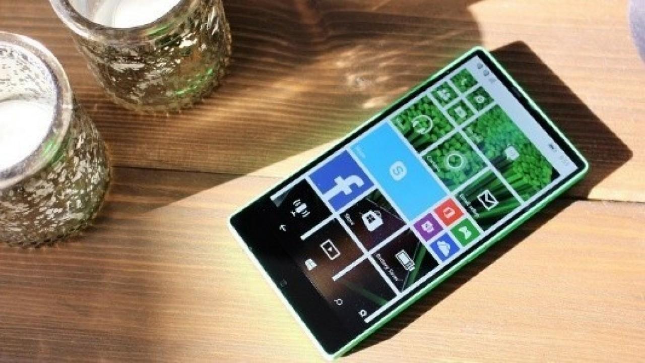İptal Edilen Çerçevesiz Lumia Akıllı Telefonun Görselleri Ortaya Çıktı