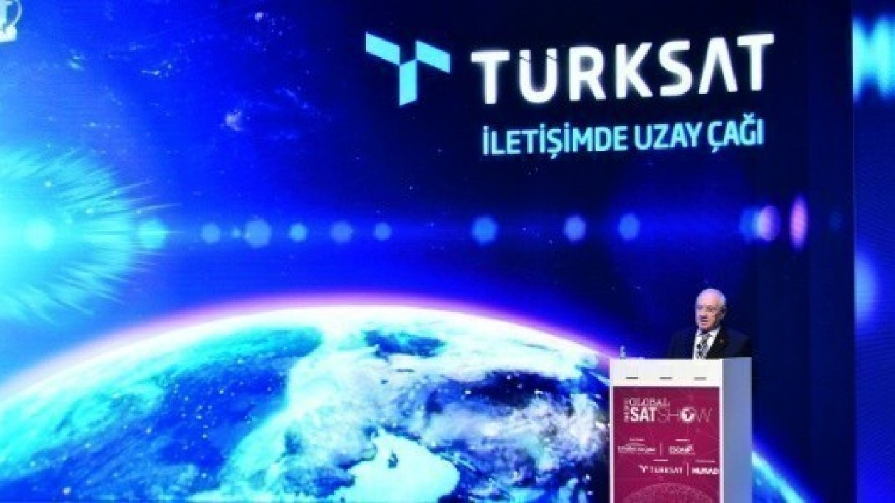 İmzalar Atıldı: Türksat 5A ve 5B'yi Uzaya SpaceX Taşıyacak