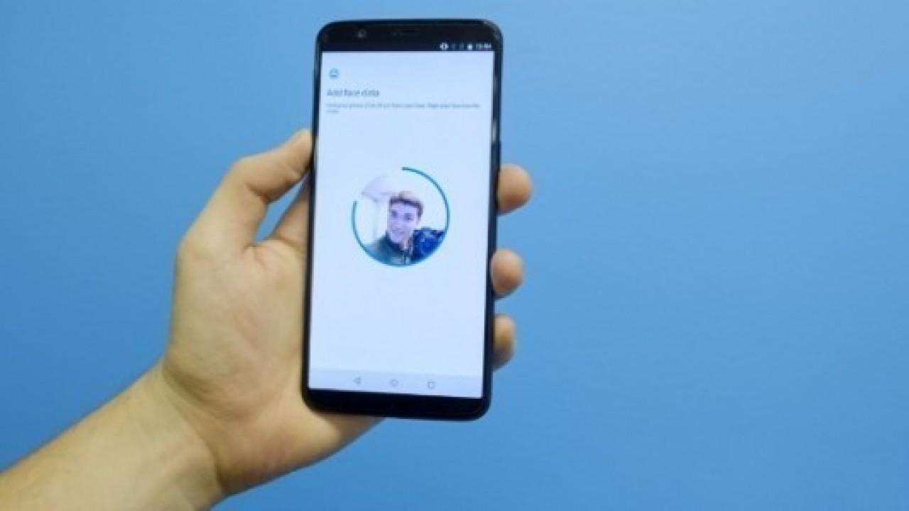 OnePlus 5T'nin yüz tarama özelliği, OnePlus 5'e geliyor
