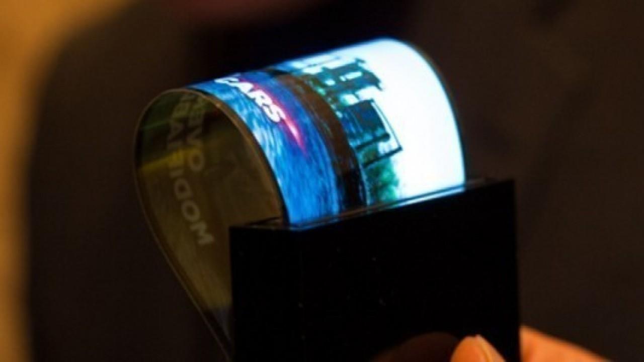 Samsung 9.7 inç katlanabilir dokunmatik ekran tanıtabilir