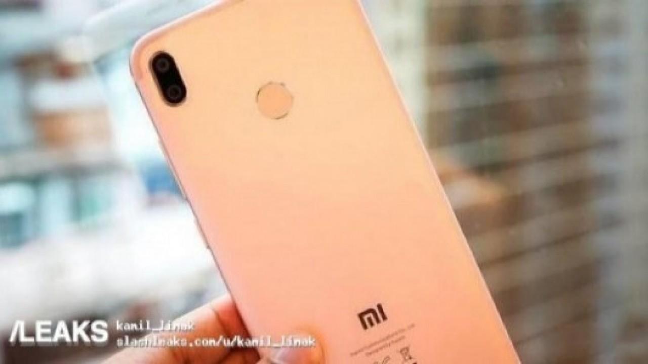 Xiaomi Mi 6X'in Görüntüleri İnternete Sızdırıldı