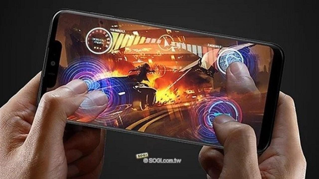 Sharp Aquos Zero Snapdragon 845 ve Kavisli Ekran İle Birlikte Duyuruldu
