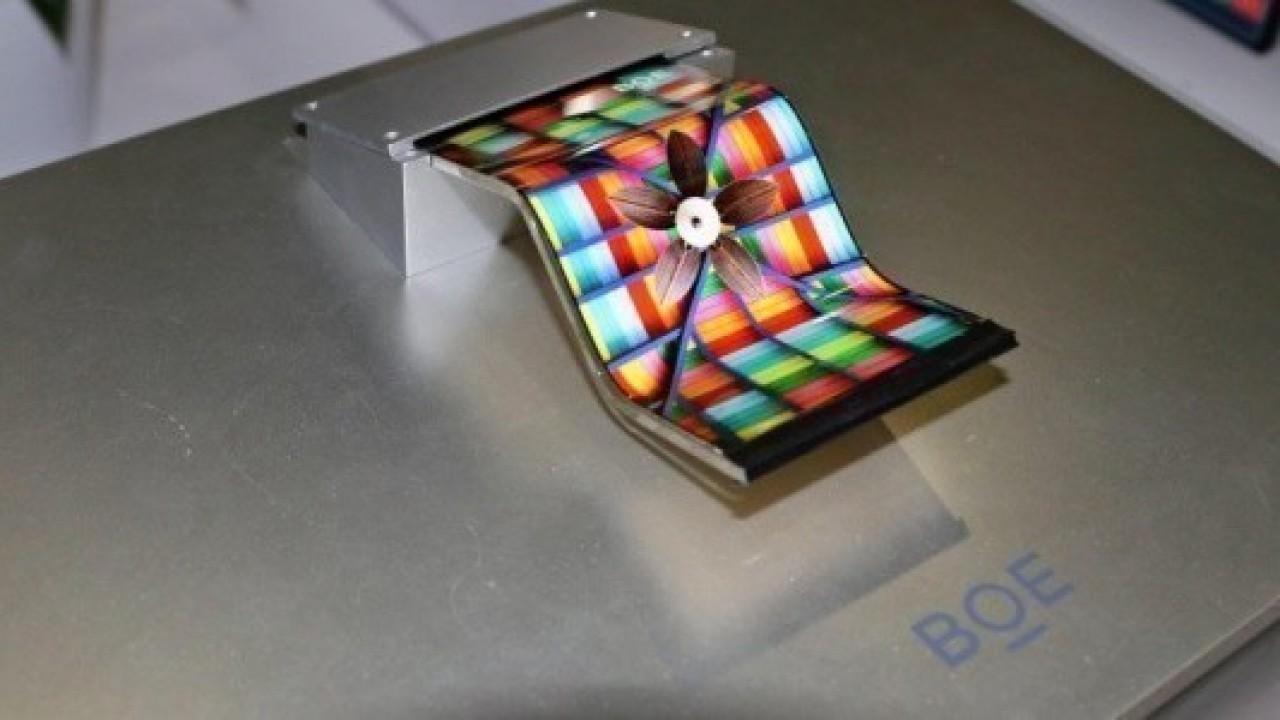 Huawei, MWC 2019'da Katlanabilir 5G Ciihazını Tanıtmayı Planlıyor