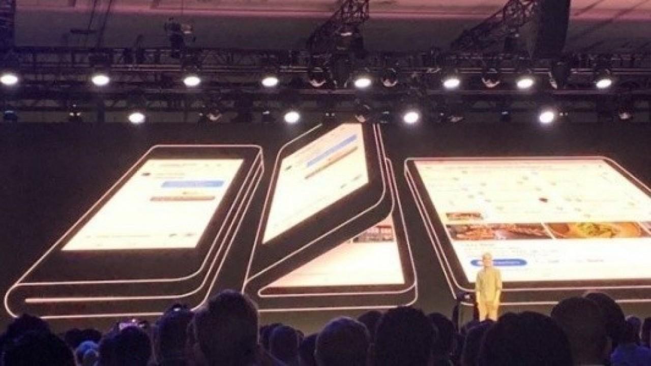 Samsung'un Katlanabilir Telefonu, 2.500 $'ın Üzerinde bir Fiyatla Gelebilir