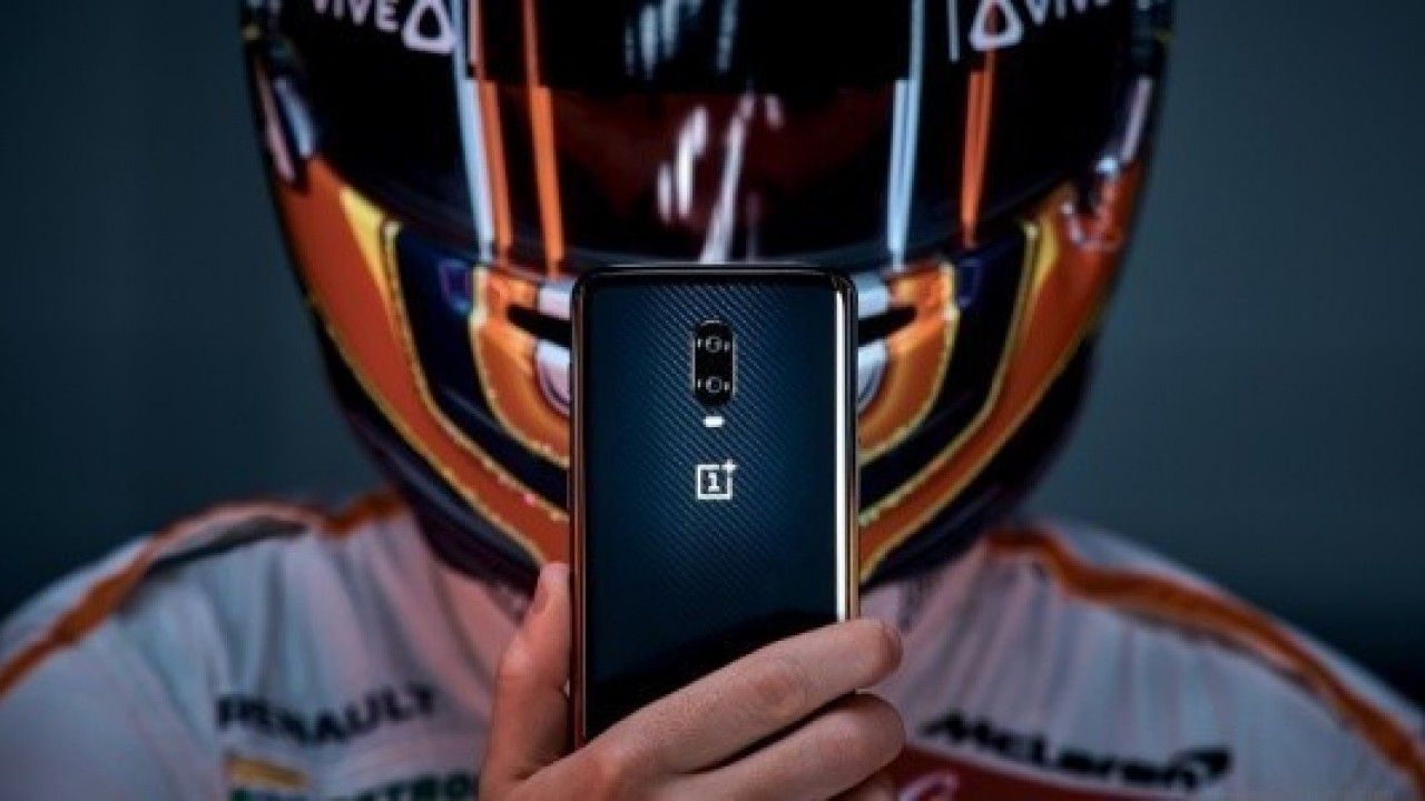 OnePlus 6T McLaren Edition, 30W Warp Charge ve 10GB RAM'le Geldi