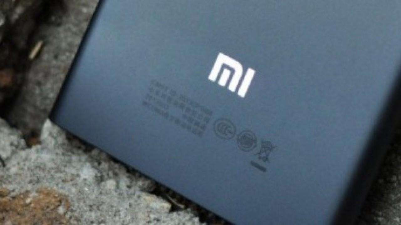 Xiaomi Mi 8 Anniversary Edition 3C ve FCC Sertifikası Aldı