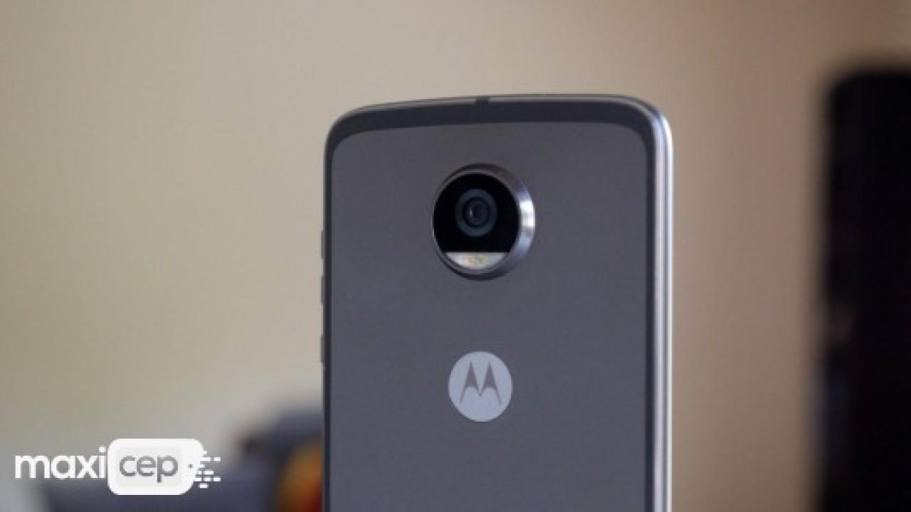 Moto Z3 Play, 6 Haziran'da tanıtılacak
