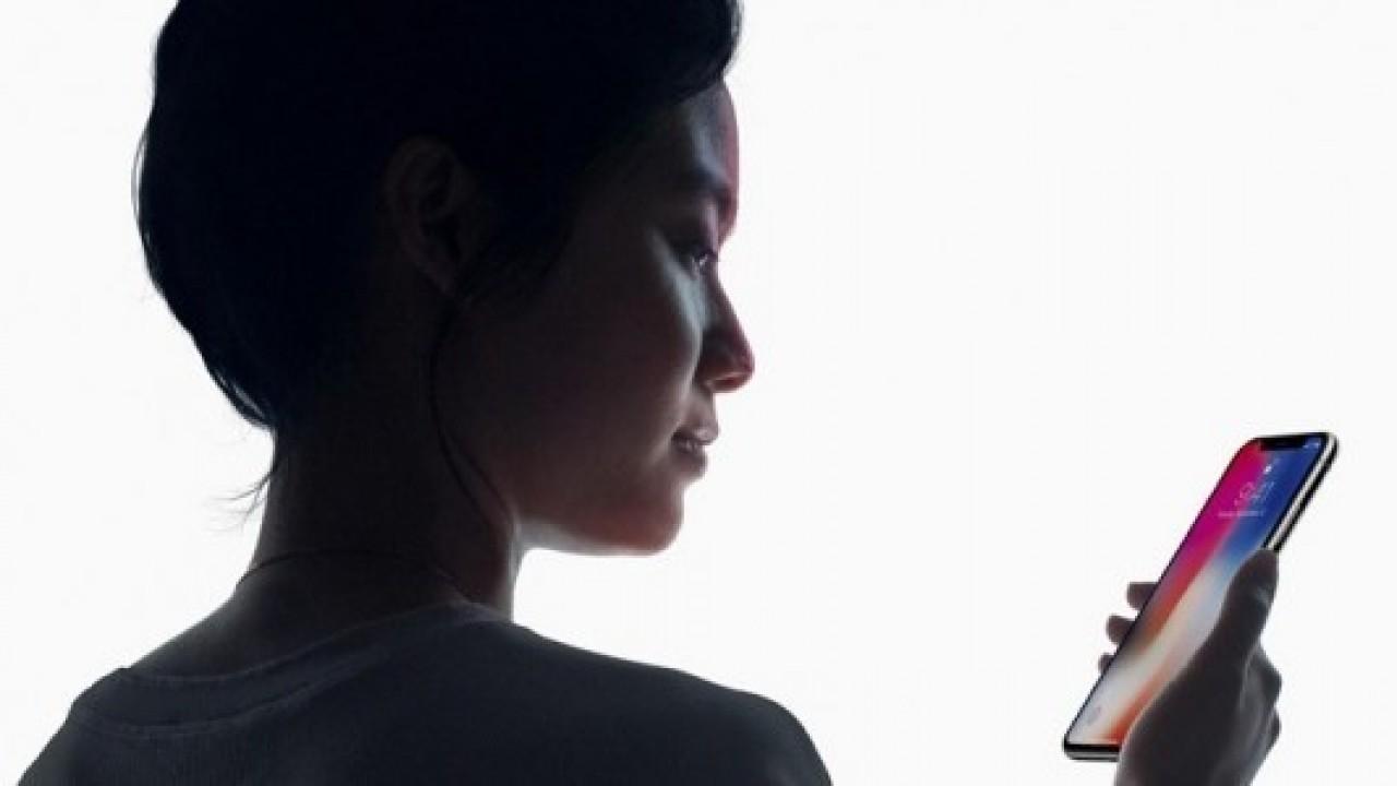 Face ID sorunları, iPhone X'te devam ediyor