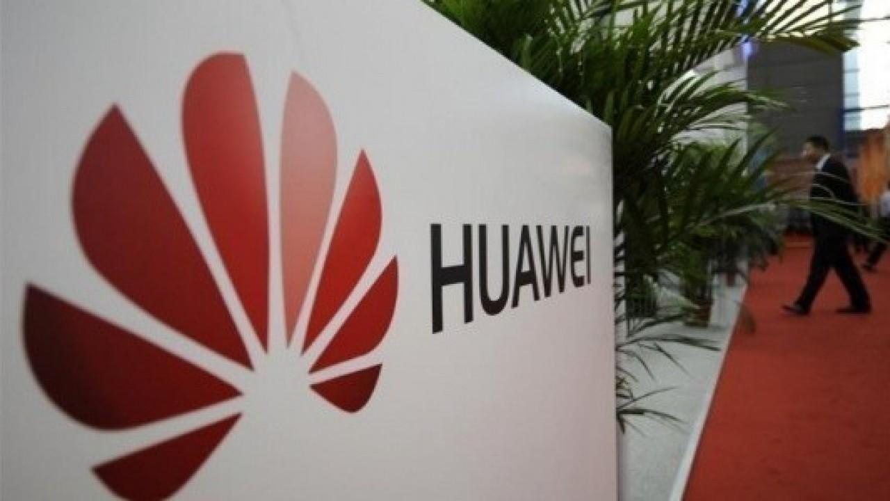 Huawei Bu Yıl Oyun Telefonunu, 2019'da da Katlanabilir Telefonunu Piyasaya Sunacak