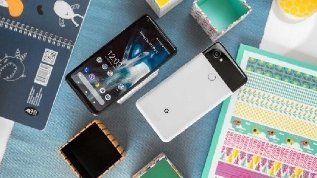 Google Pixel 3 Çentiksiz, Pixel 3 XL ise Çentikli Ekranla Gelecek