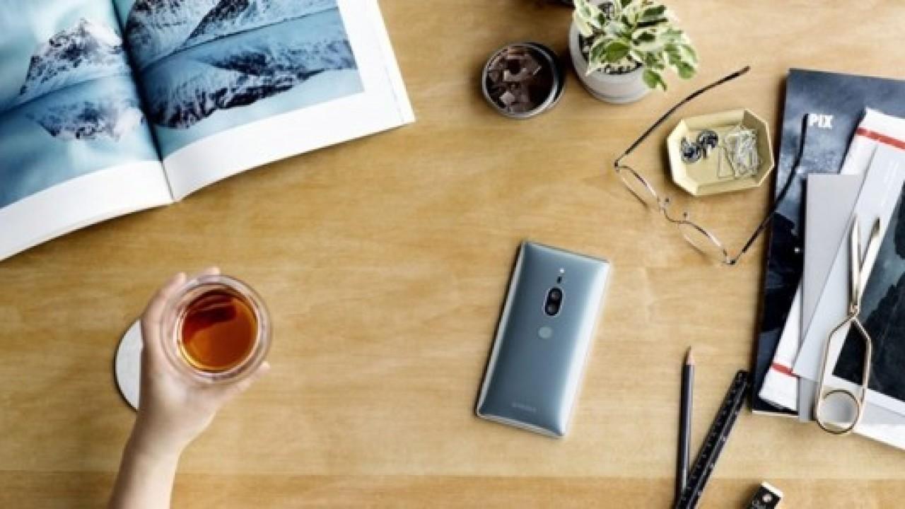 Sony Xperia XZ2 Premium sürpriz hediyelerle ön siparişe sunuldu