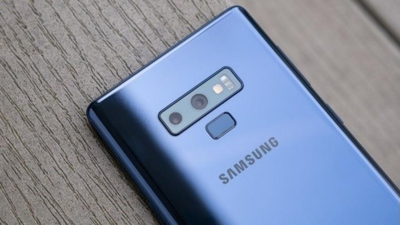 Galaxy S10'un Renk Seçenekleri Arasında Huawei'nin Degrade Rengi de Olabilir