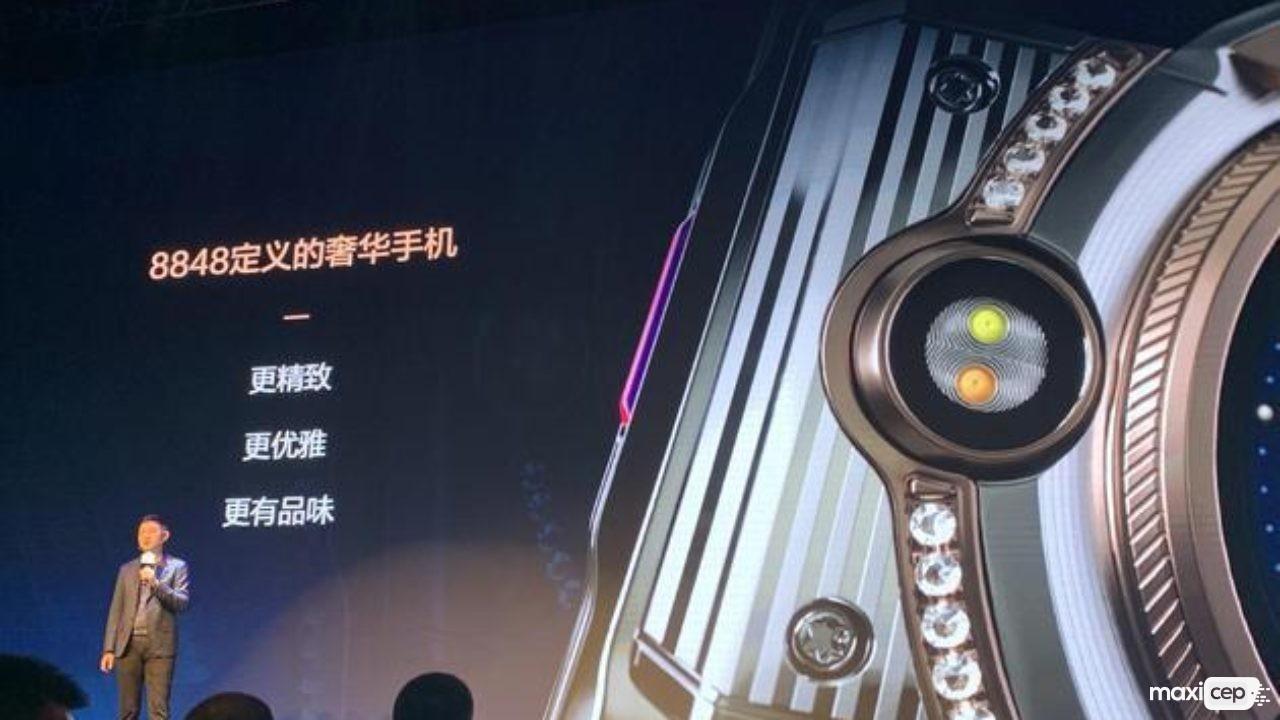 Snapdragon 865 İşlemciye Sahip Titanium M6 5G Duyuruldu