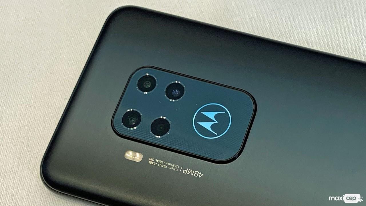Motorola One Macro Dikkat Çeken Kamera Özellikleriyle Beraber Geliyor
