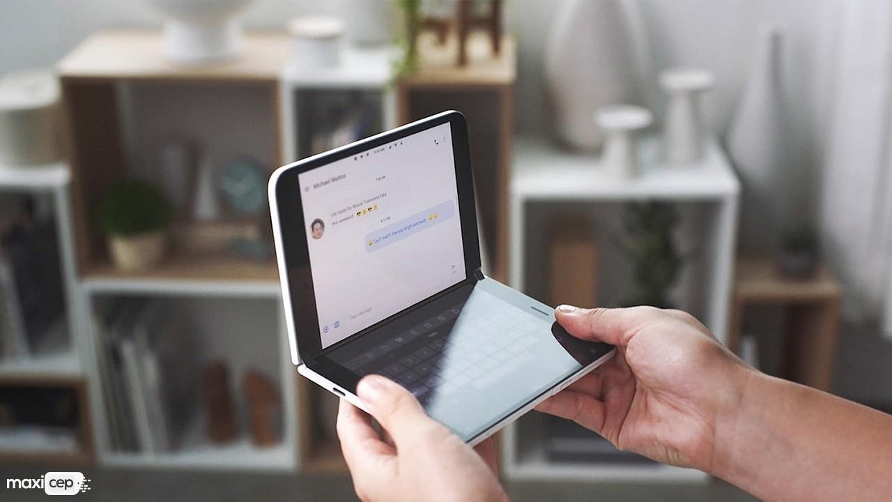Surface Duo Android İşletim Sistemi ve Katlanabilir Ekranla Beraber Geliyor