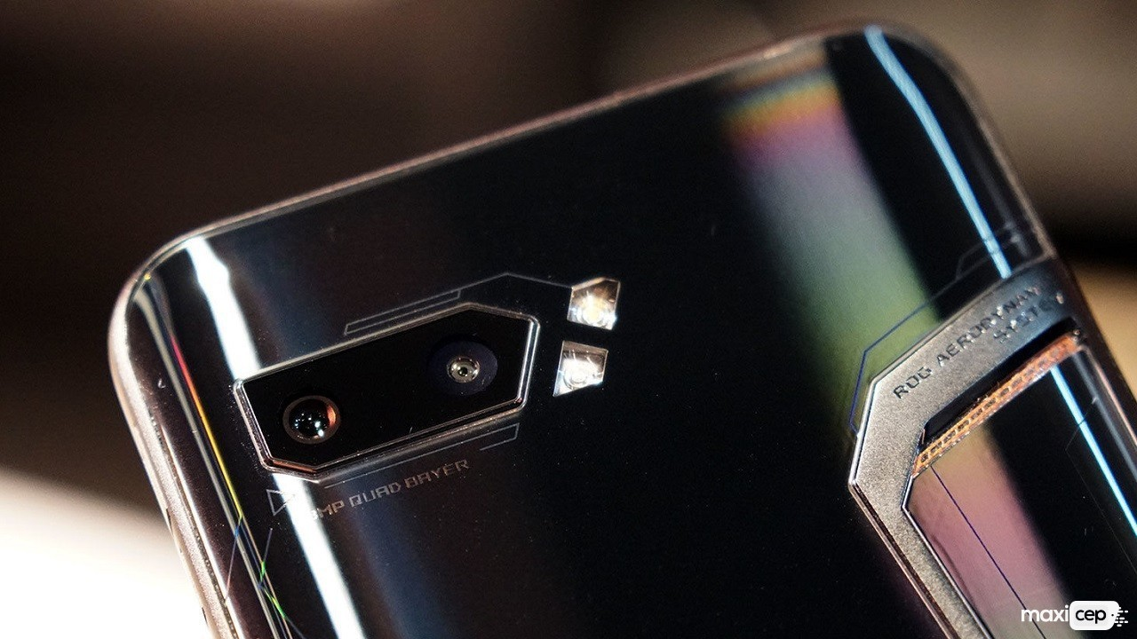 Asus ROG Phone 2'nin Android 10 Beta Kayıtları Başladı