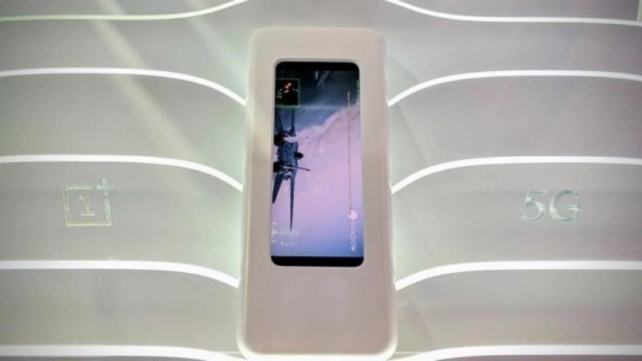 Pete Lau, OnePlus 7'nin Kablosuz Şarj Özelliğine Sahip Olmayacağını Doğruladı