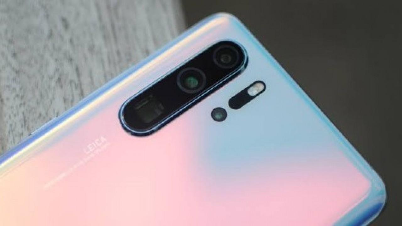 Huawei P30 Pro, Kamera Optimizasyonu ve Hata Düzeltmeleri Getiren İlk Güncellemesini Aldı