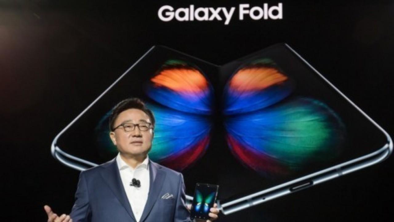 CEO DJ Koh, Samsung'un 10 Yıl Daha Telefon Pazarına Liderlik Edeceğini Söyledi