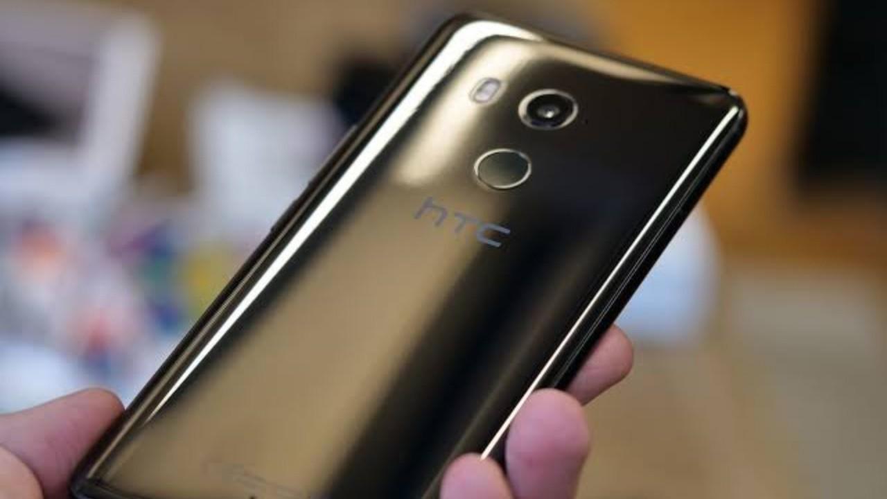 HTC U11+ Android 9.0 Pie Güncellemesi Almaya Başladı