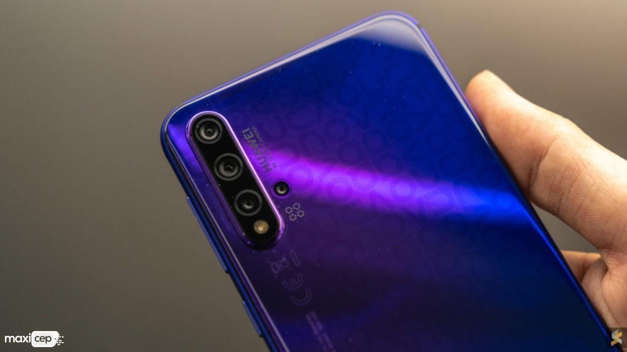 Dört Arka Kameralı Huawei Nova 5T Tanıtıldı