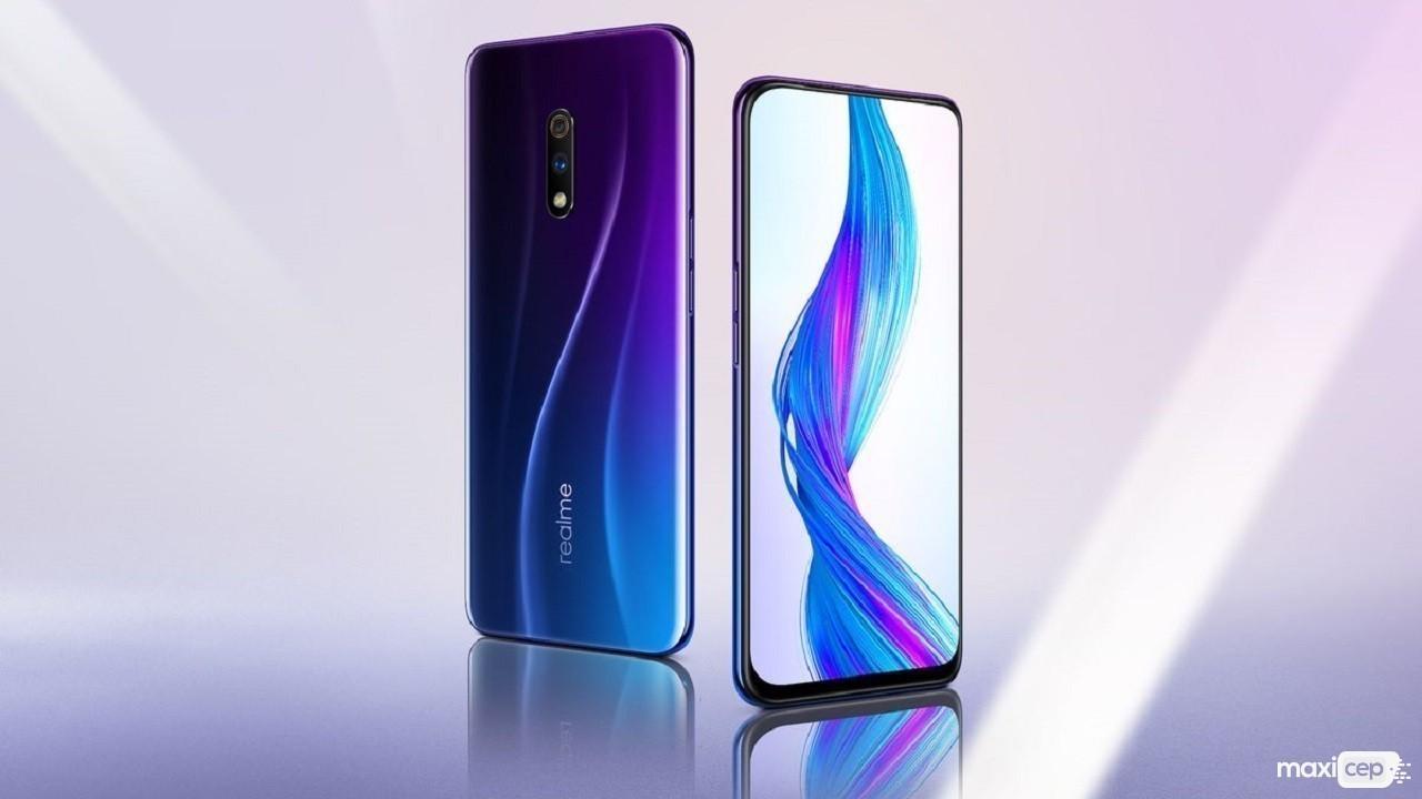 Realme X2, AMOLED Ekranla Beraber Geliyor