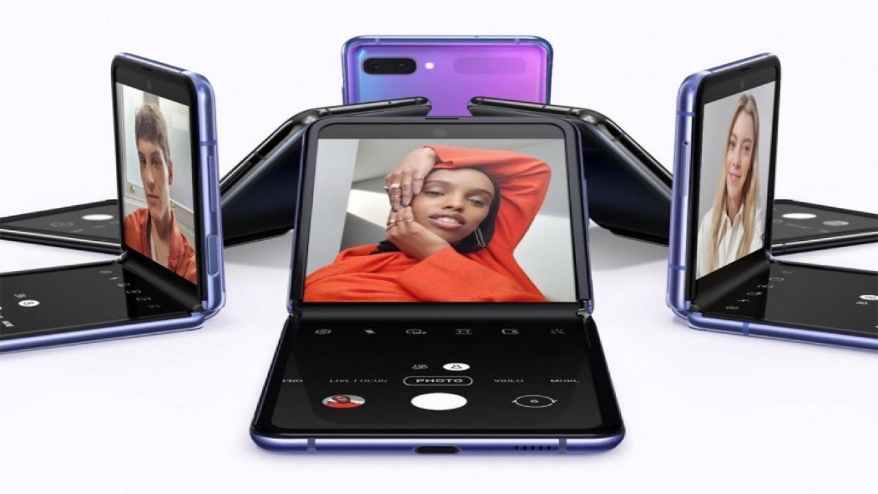 Samsung Galaxy Z Flip resmi olarak tanıtıldı