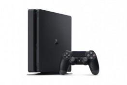 PS4 Slim'i tüm parçalarına ayırdılar