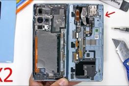 Huawei Mate X2 Parçalarına Ayrıldı