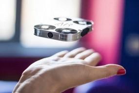 AirSelfie ile Selfie fotoğraflar bir seviye daha atlıyor