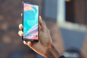 OnePlus 5T için seçtiğimiz en güzel duvar kağıtları