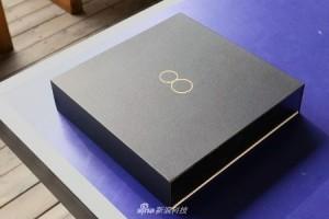 Resimlerle Xiaomi Mi 8 Explorer Edition Kutu Açılımı İncelemesi