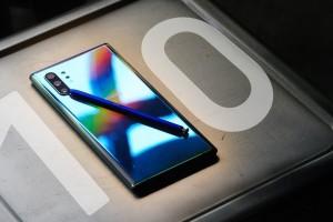 Samsung Galaxy Note10 Plus İle iPhone XS Max Karşı Karşıya