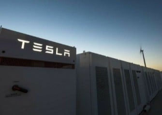 Tesla, Avustralya'da Dünyanın En Büyük Bataryasını Üretiyor