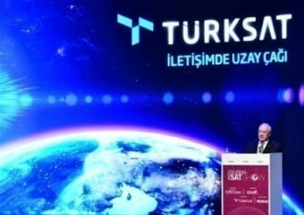İmzalar Atıldı: Türksat 5A ve 5B'yi Uzaya SpaceX Taşıyacak