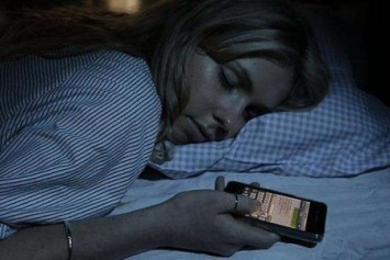 Şarj Olan İPhone'u ile Yatan Adamın Acı Sonu