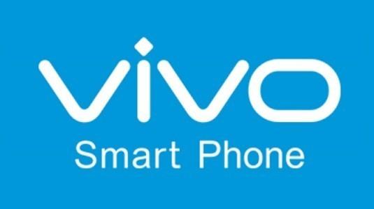 Vivo X9 akıllı telefonun yeni görsellerinde çift ön kamera görülebiliyor
