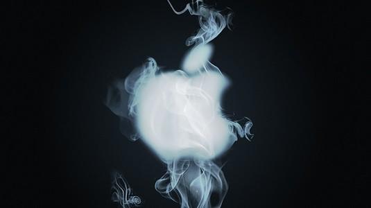 iPhone 7 akıllı telefon hamile kadının kolunu yaktı