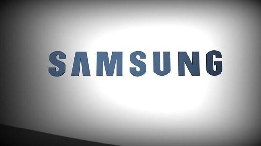 Samsung yeni bir esnek ekran patenti aldı