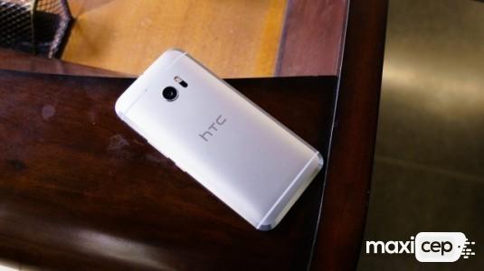 Bold Kod Adlı HTC 10 Evo Bu Sefer de Siyah Rengi ile Ortaya Çıktı