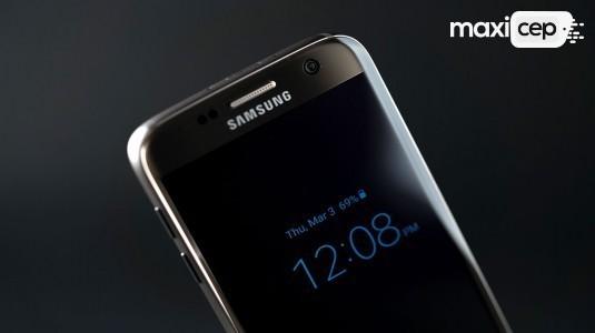 Samsung, Galaxy S8'in Dijital Asistanla Geleceğini Doğruladı