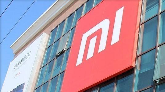 Xiaomi Mi  Note 2'nin düz ekranlı versiyonu sunulmayacak