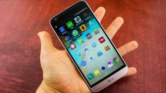 LG G6'nın Yeni Tasarımında Değiştirilebilir Batarya Gidiyor, Kulaklık Soketi Kalıyor