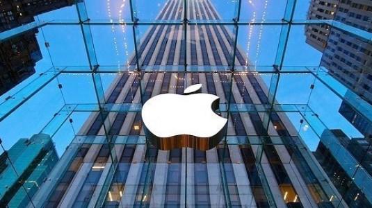 Apple, artık Apple Store'larda cihazlarını müşterilere plastik poşetlerle vermeyecek