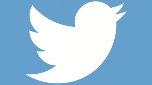 Twitter, bir yeniliğe daha imza atarak dm butonunu ana ekrana taşıdı.