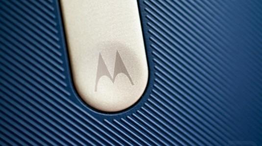 Yeni Moto X, Ön Yüzünde Parmak İzi Okuyucu ile Gelecek