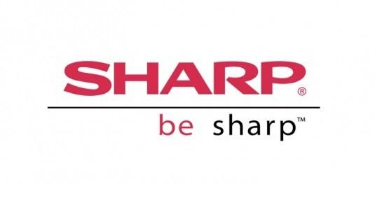Sharp, dikkat çekici yeni akıllısı Aquos Zeta SH-04H'yi sundu