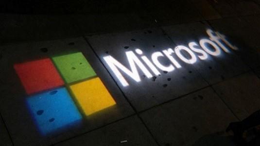 Windows 10 Mobile için ekran sınırı 9 inç seviyesine yükseldi