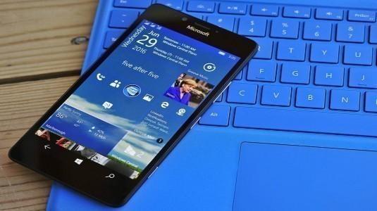 Windows 10 Mobile Yıldönümü Güncellemesi Nihayet Yayınlandı